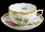 Teacup with saucer 00724-2-00/00724-1-00/VBO